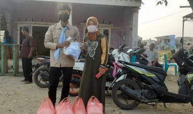 Pelajar SMKN 2 Kota Tangerang Beri Bantuan ke Korban Penggusuran di Benda