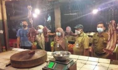 Desperindag Kunjungi Pasar Anyar, Soal Daging Sapi Naik : Pedagang Siasati Asal Terjual