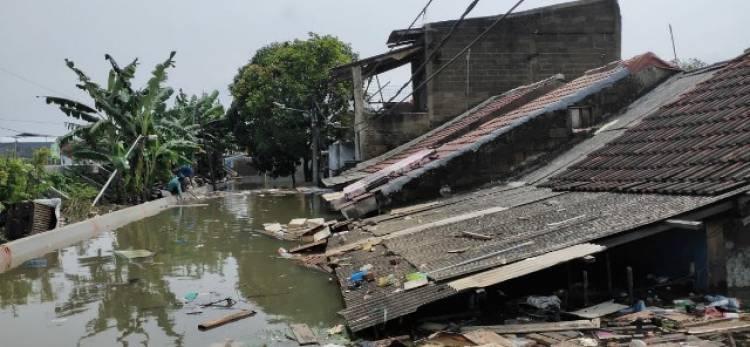 KABAR GEMBIRA!!! Walikota Tangerang Optimis Banjir Surut Pekan Ini