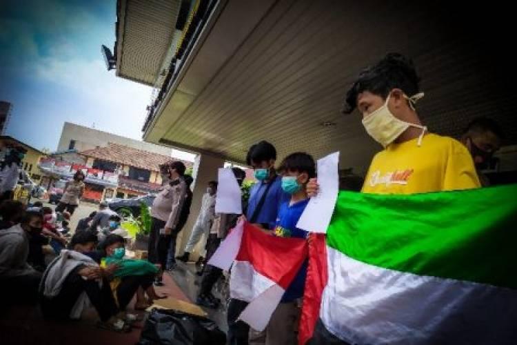 Duh! 24 Pelajar SMP di Kota Tangerang Mau Demo Bawa Batu dan Botol Diamankan Polisi