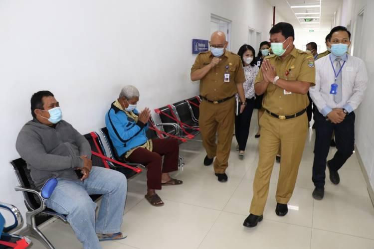 Sekda Tinjau RS Rujukan Covid-19 di Cikupa dan Panongan